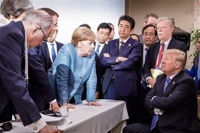 Vid G7-toppmötet i Kanada 2018 var det USA:s president som krånglade. Merkel försökte reda upp.