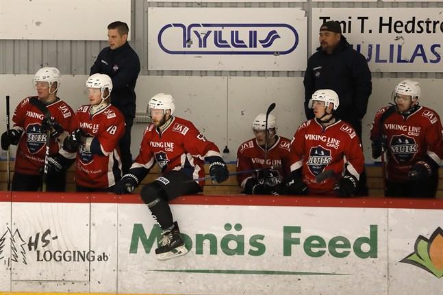 Muiktränarna Michael Ringberg och Daniel Holm har tillsammans med sina adepter äntligen fått en bra start på Finlandsserien.