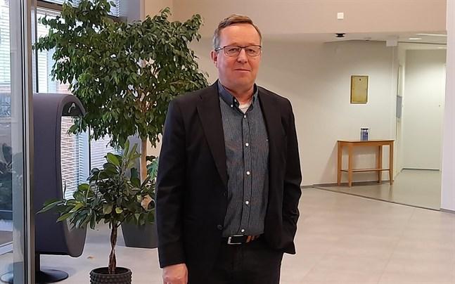Näringsminister Lintilä i Jakobstad.