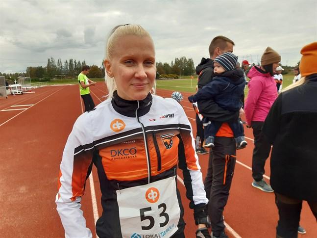 Sandra Eriksson är ny tränare på idrottslinjen vid Jakobstads gymnasium.