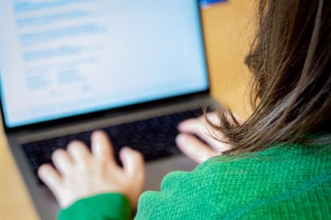 Man kan råka in på bluffsidor via sökmotorer. Därför ska man alltid skriva in nätbankens webbadress direkt i webbläsaren.