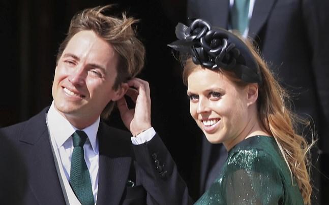 Edoardo Mapelli Mozzi och prinsessan Beatrice fotograferade år 2019.