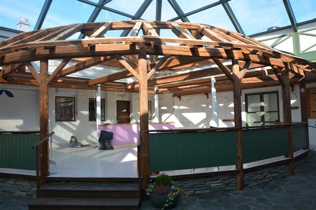 Taket i Corners caféhörn har tagits bort.