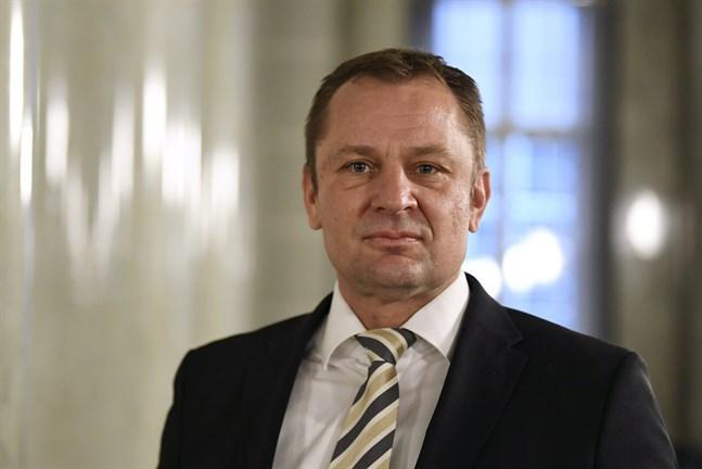 Revisionsverkets ställföreträdande generaldirektör Matti Okko kräver en kritisk granskning av alla företagsstöd.
