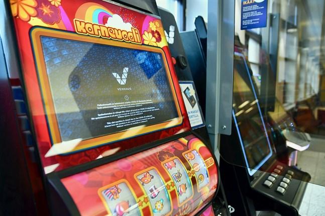 Veikkaus monopolställning ska säkras enligt regeringens lagförslag. Placeringen av spelautomater kommer inte att begränsas, men kraven på övervakning ökar.