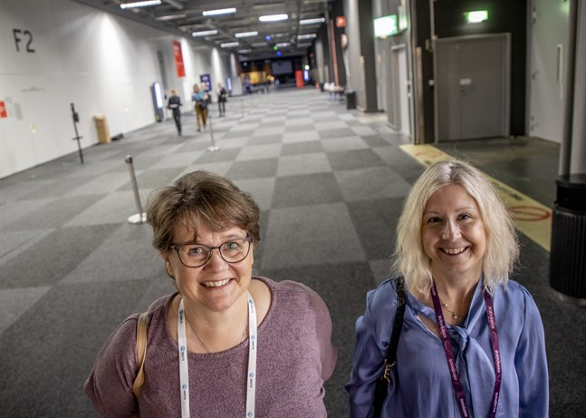 Monica Jönsson Thollander och Karin Rytter från Älvdalens bibliotek är nominerade till