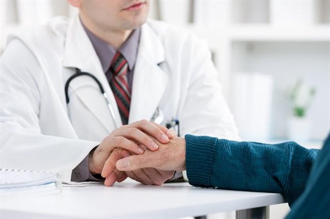 Vården behöver fler IT-tillämpningar bara om de utvecklas från de behov patientmötena påkallar, skriver Anders Almqvist.