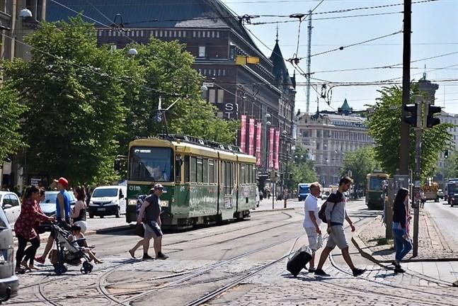 En ny prognos förutspår att det bor 700000 invånare i Helsingfors om sju år.