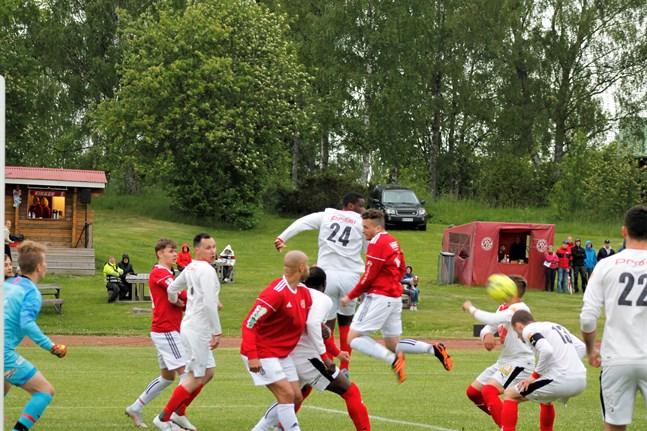 Då Kaskö IK och Sporting möttes i juni i Kaskö var hemmalaget klart starkare. På lördag är det dags för ett nytt möte i Kaskö.
