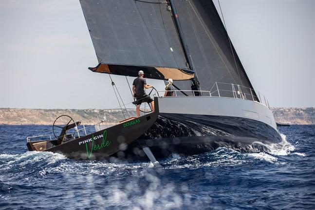 Affär för Baltic Yachts. På båtmässan i Monaco såldes en 68-fots racer till.