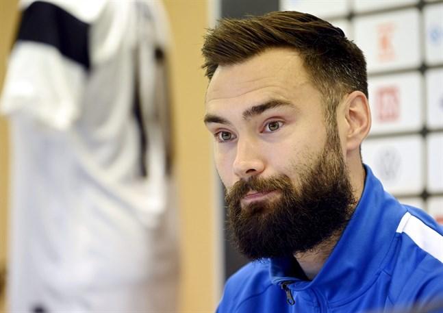 Tim Sparv finns inte med i Markku Kanervas VM-kvaltrupp till matcherna mot Ukraina och Kazakstan.