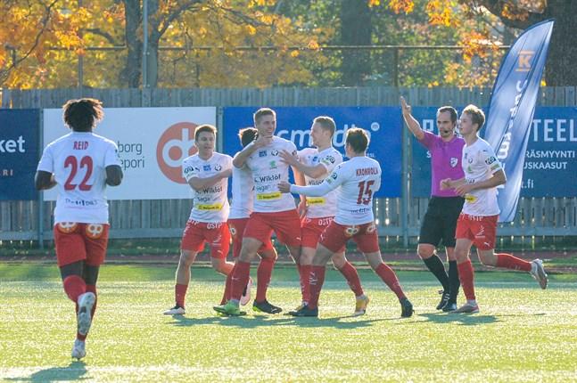 Jaro firar matchens enda mål mot Ekenäs. Blir det nya mål mot Gnistan på söndag?
