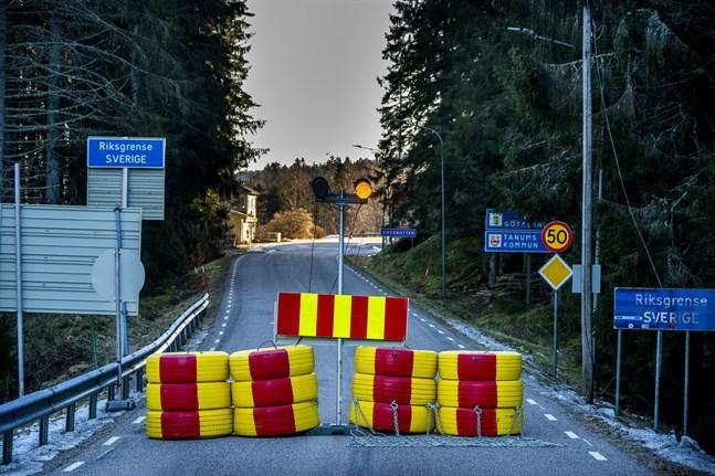 Riksväg 22, sedd från Norgesidan. Arkivbild.