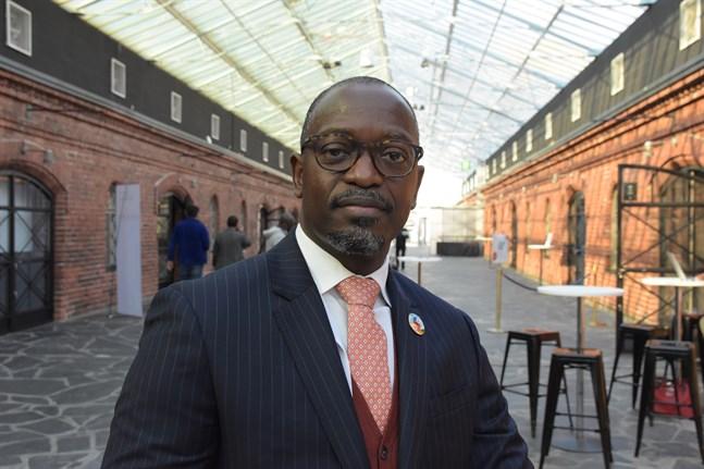 """""""Pandemin har lett till en ekonomisk och social kris utan motstycke"""", säger Mansour Ndiaye, chef vid FN:s utvecklingsprogram UNDP."""