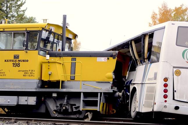 Olycksutredningscentralen utredning av plankorsolyckan som inträffade i Kaskö förra veckan har framskridit.