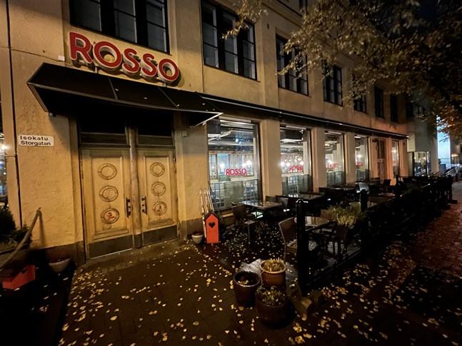 En mindre köksbrand på Rosso inträffade under onsdagskvällen.