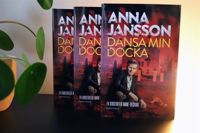 Nu har du chansen att väcka din inre deckarförfattare till liv. Skriv sista raden eller sista stycket i en fiktiv österbottnisk deckare. Du kan vinna en bok av Anna Jansson.