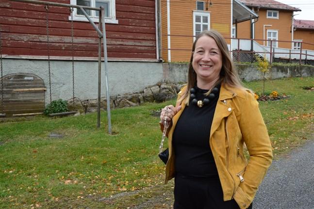 Jessica Bårdsnes är glad att ungdomarna börjar träffas igen, men de dystra rapporterna om ungdomarnas psykiska hälsa oroar.