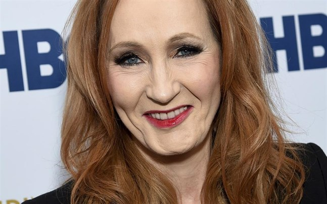 """JK Rowlings nya bok, """"Julegrisen"""", är inspirerad av hennes son Davids kärlek till sitt favoritgosedjur."""