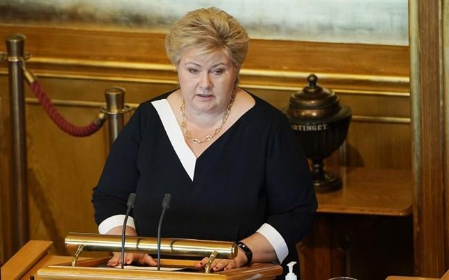 Erna Solberg (H) är den andra kvinnan på statsministerposten i Norge (efter Gro Harlem Brundtland (AP) som satt i tre olika perioder mellan 1981 och 1996).