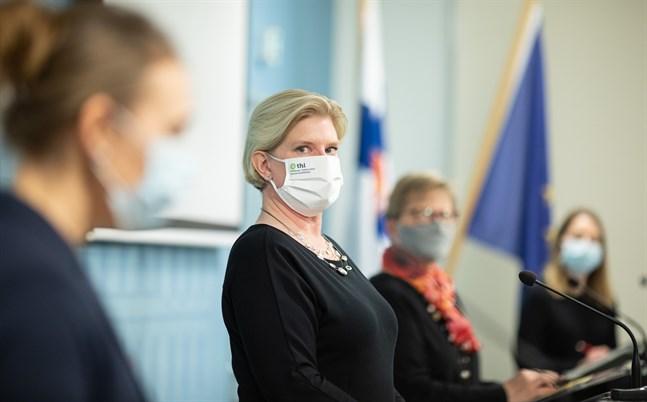 Enligt Mia Kontio, ledande sakkunnig vid Institutet för hälsa och välfärd, har redan cirka 65 000 personer i Finland fått en tredje vaccindos.
