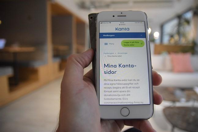 Covidintyget hittas via tjänsten Mina Kanta, men kan också fås via hälsovården.