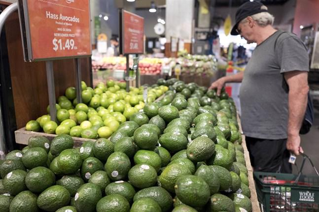 Högre priser på exempelvis livsmedel har bidragit till inflationsökningen i USA.