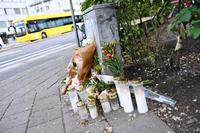 Olyckan där en elsparkcyklist blev påkörd av en buss i Åbo i augusti är en av 25 olyckor där en cyklist eller fotgängare dött. I de övriga har 12 fotgängare och 12 vanliga cyklister omkommit.